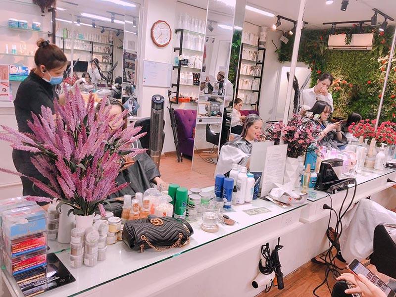 cắt tóc nam Nha Trang