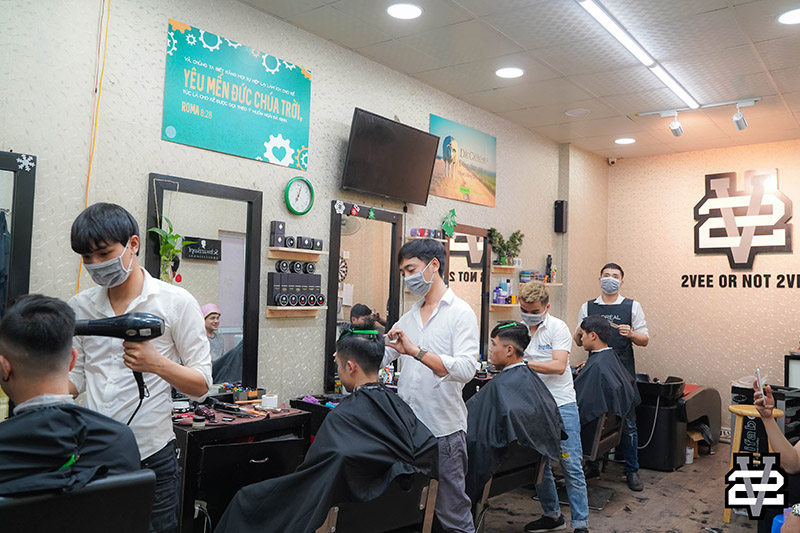 Salon làm tóc nam uốn Hàn quốc đẹp
